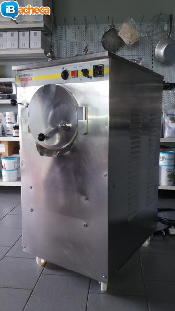 Immagine 2 - Macchina per gelato