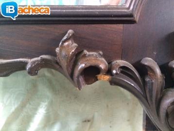 Immagine 3 - Specchio in legno e comò