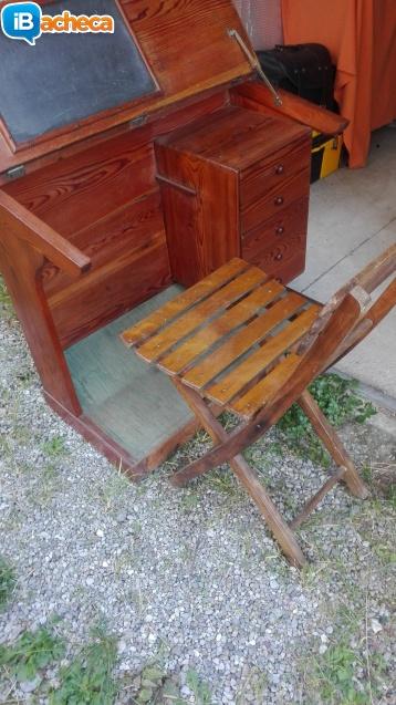 Immagine 1 - Vecchio vintage banco sco