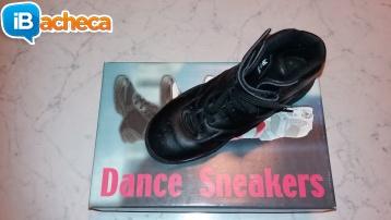 Immagine 2 - Scarpe da danza moderna